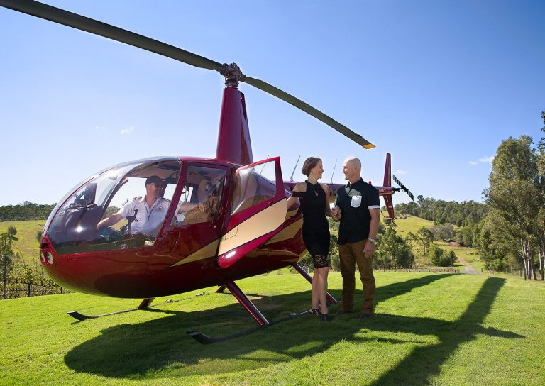 brisbane, helicopter tours, brisbane helicopter flights, winery tour by helicopter