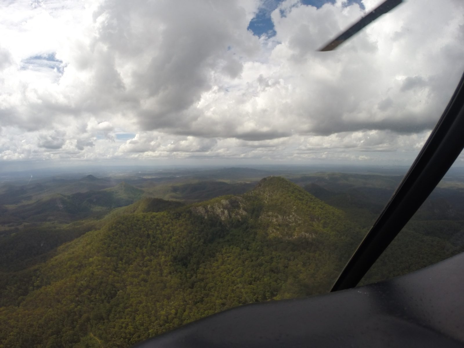 flinders peak helicopter tour