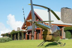 peak lodge, helicopter, spicers retreats, peak lodge helicopters, brisbane helicopter tours, helicopter scenics, spicers peak helicopter